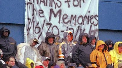 Pittsburgh Steelers fans brave a first-half downpour to watch the Steelers&#039; final game at Three Rivers Stadium against the Washington Redskins Dec. 16, 2000, in Pittsburgh. The Steelers won 24-3.