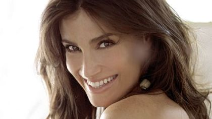 "Idina Menzel showed some ""Wicked"" ways with the PSO."