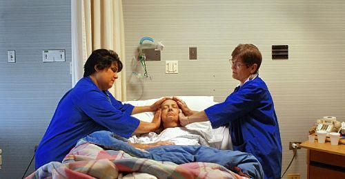 Resultado  de imagem para o reiki nos hospitais portugueses imagens