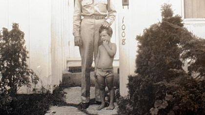 Soldier Walter Reuter Jr. in 1944 with his son David, before shipping off to Germany, where he went MIA.