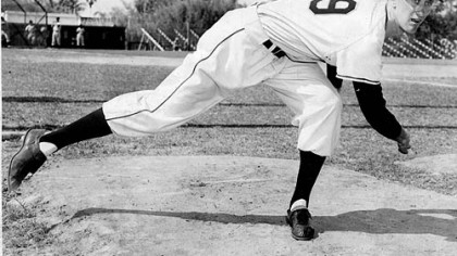 Nellie King as a pitcher with the Pirates, circa 1954.