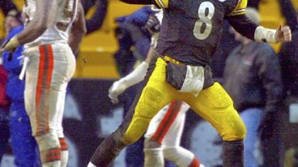 Pittsburgh Steelers quarterback Tommy Maddox celebrates after running back Chris Fuamatu Ma&#039;afala scored the game winning touchdown in the fourth quarter against the Cleveland Browns in their AFC Wild Card playoff game in Pittsburgh, Sunday Jan. 5, 2003. Maddox led the team back to a 36-33 win despite throwing multiple inteceptions earlier in the game.