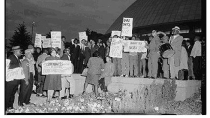 Protesters outside the Civic Arena, 1961.