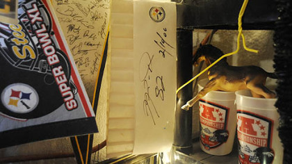 A chef's hat that was signed by former Steelers wide receiver Antwaan Randle El.