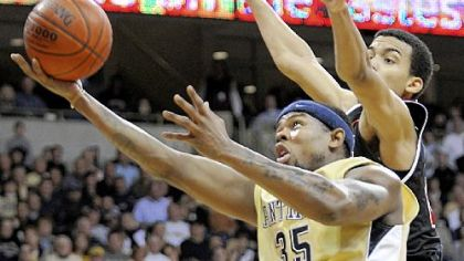 Pitt forward Nasir Robinson is expected to miss 3-6 weeks due to surgery on his right knee.