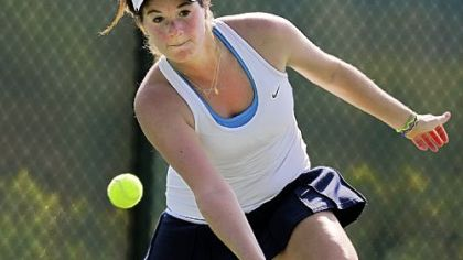 Sara Perelman helped Shady Side Academy win the PIAA Class AAA team championship.