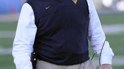 West Virginia coach Bill Stewart&#039;s future at West Virginia might be in jeopardy; the school is said to be takling with Oklahoma St. offensive coordinator Dana Holgorsen about replacing Stewart. Pitt is also interested in Holgorsen to replace Dave Wannstedt, who resigned as head football coach last week.