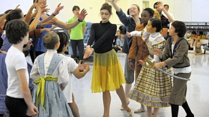 Eva Trapp, center, and other dancers rehearse &quot;The Nutcracker.&quot;