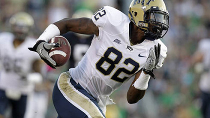Pitt wide receiver Jon Baldwin scored on a 56-yard touchdown pass from quarterback Tino Sunseri last Saturday at Notre Dame.