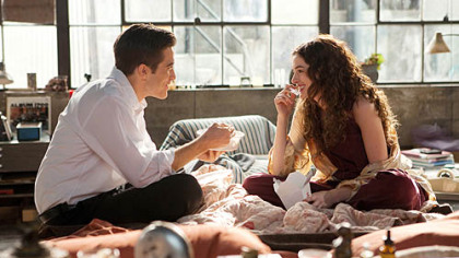 Jake Gyllenhaal and Anne Hathaway in &quot;Love and Other Drugs.&quot;