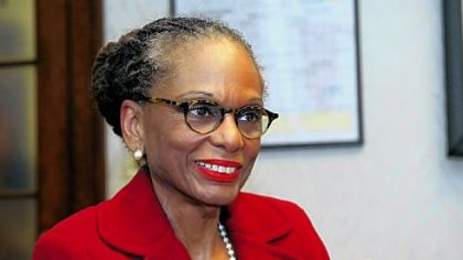 Linda Lane will become superintendent of the Pittsburgh Public Schools.