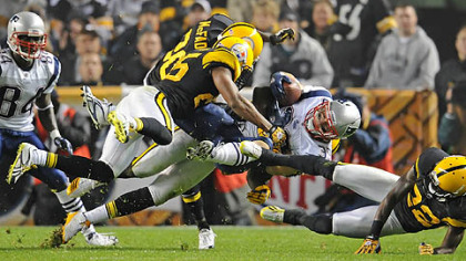 Steelers safety Ryan Clark tackles Patriots running back Danny Woodhead in the second quarter of last Sunday&#039;s game at Heinz Field.
